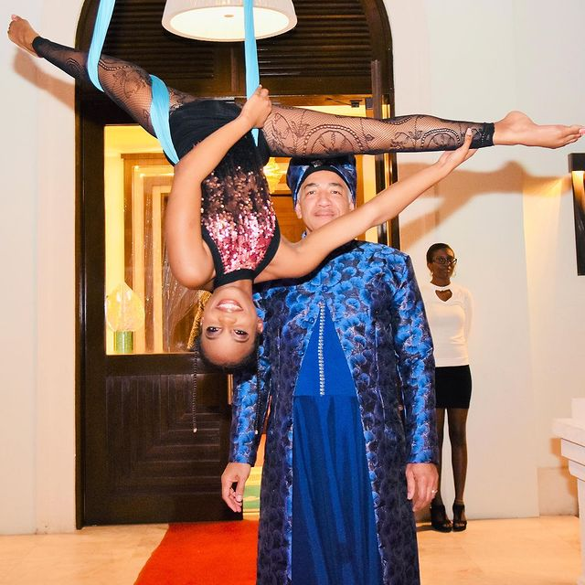I will Book an Captivating Aerial Performer for your Event/Party